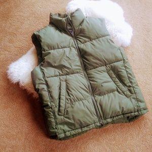 Gap green puffer vest size M